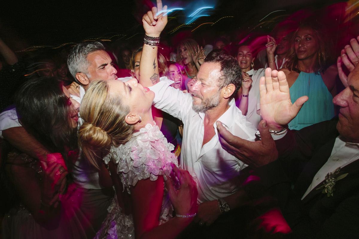 124 wedding in spetses wedding party in spetses adam alex 1
