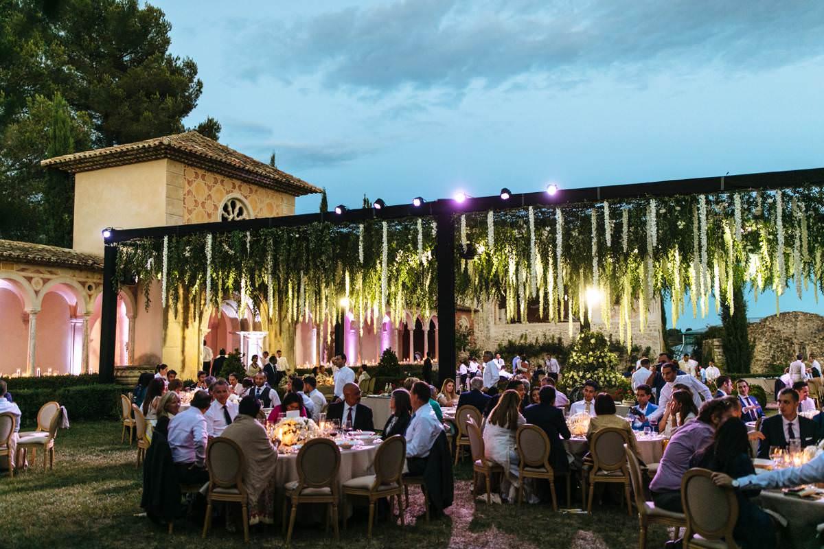elegant ch teau diter wedding in the french riviera. Black Bedroom Furniture Sets. Home Design Ideas