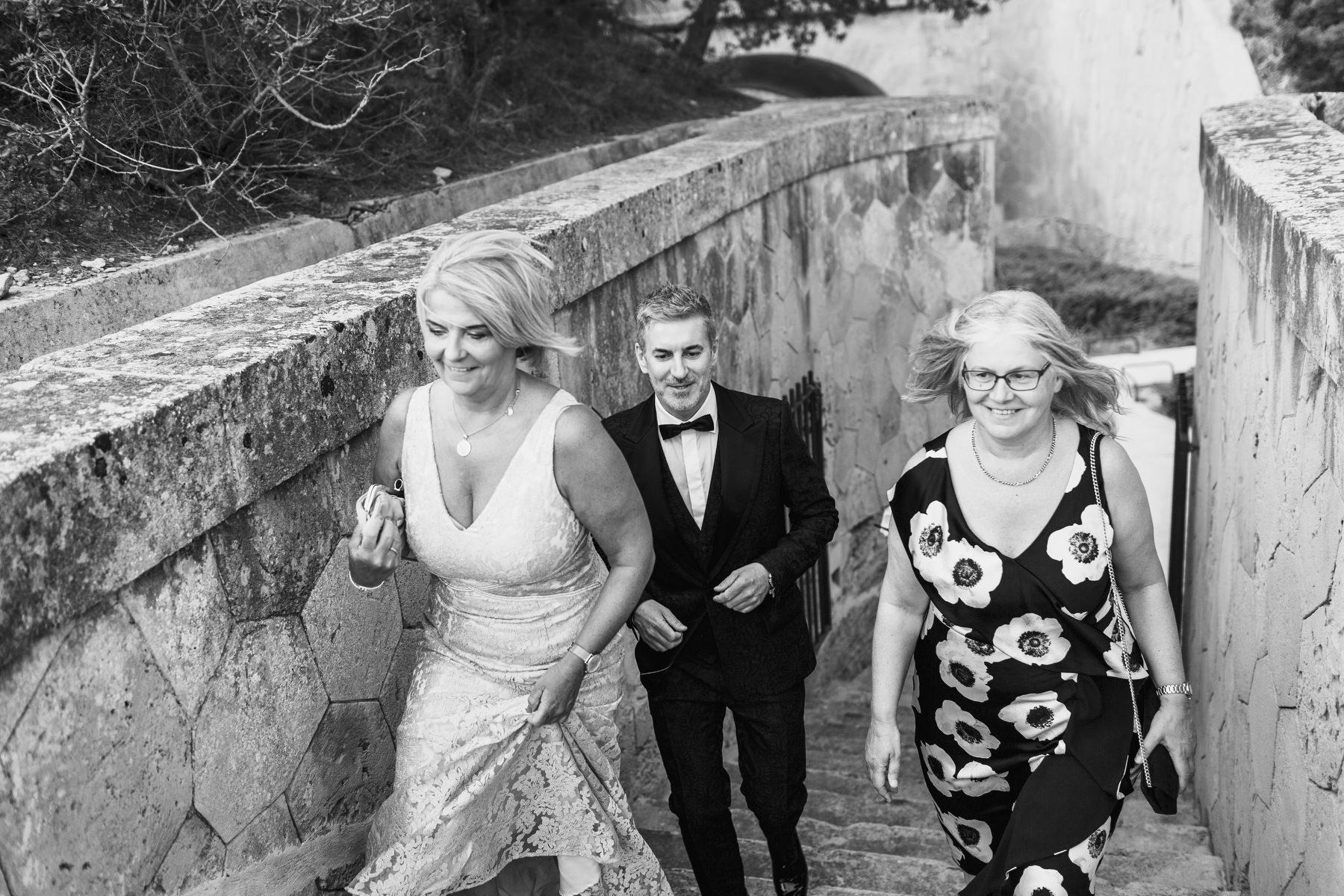 0070 cap rocat wedding