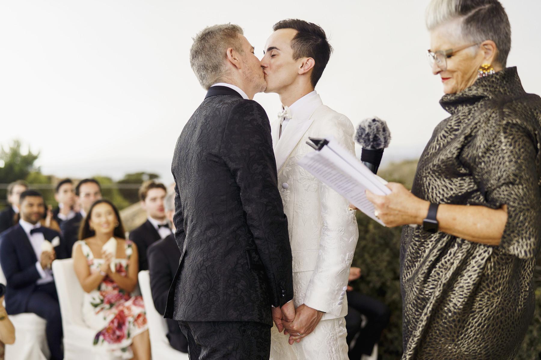 0098 cap rocat wedding