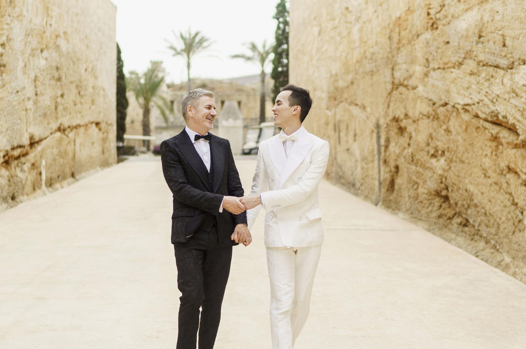 0115 cap rocat wedding